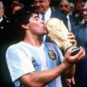 maradona_04_1755_sq_large