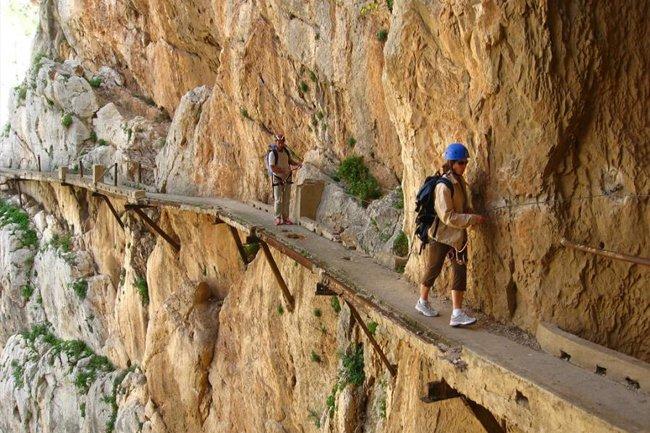 el camino más peligroso del mundo se encuentra en España