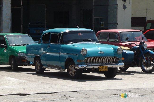 Auto_Cuba
