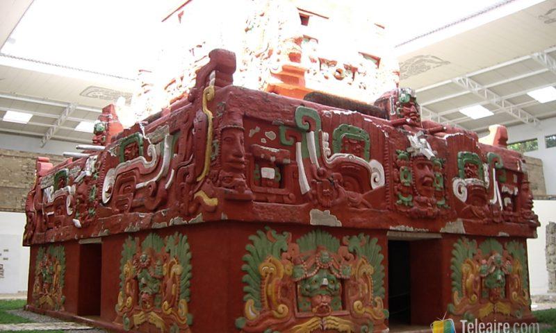 Así eran los templos mayas en pleno apogeo de la civilización... impresionante