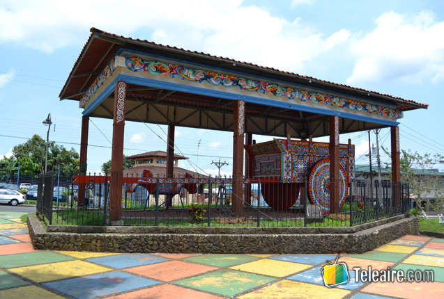 Monumento a la Carreta Tradicional en Sarchi, Costa Rica
