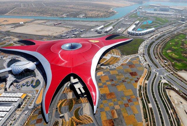 Ferrari World desde arriba