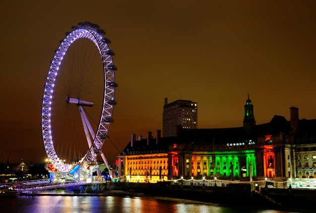 Skyline de Londres con el London Eye