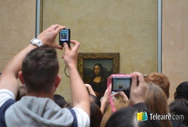 Mirada de la Gioconda desde el Louvre
