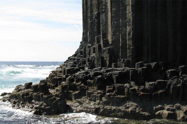 Cueva-Fingal-Escocia2jpg