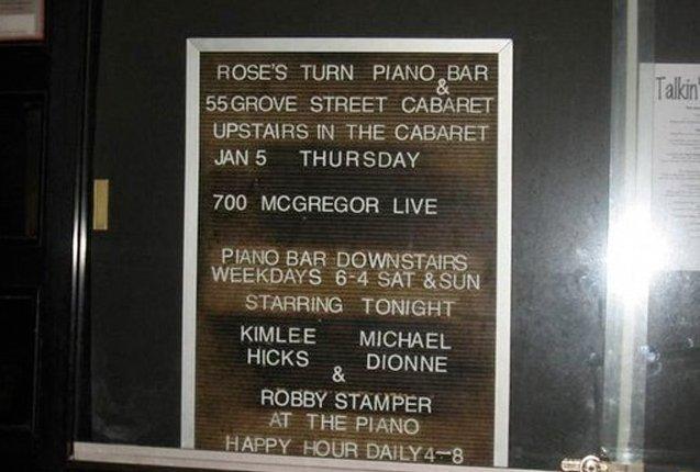 letrero en la vidriera del restaurante Rose Turn en Nueva York