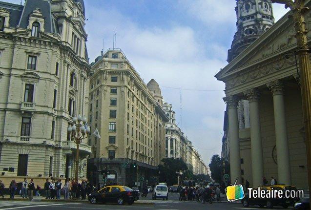 Catedral Metropolitana y Plaza de Mayo