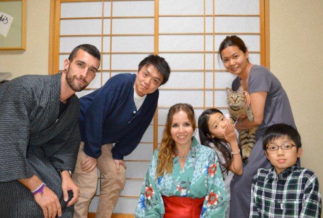 Manu y Ale de Trotamundos en Japon