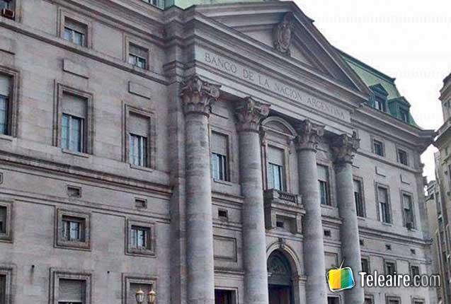fachada del banco nacion en buenos aires
