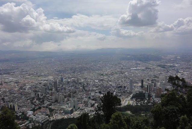 vista desde el cerro monserrate en bogota