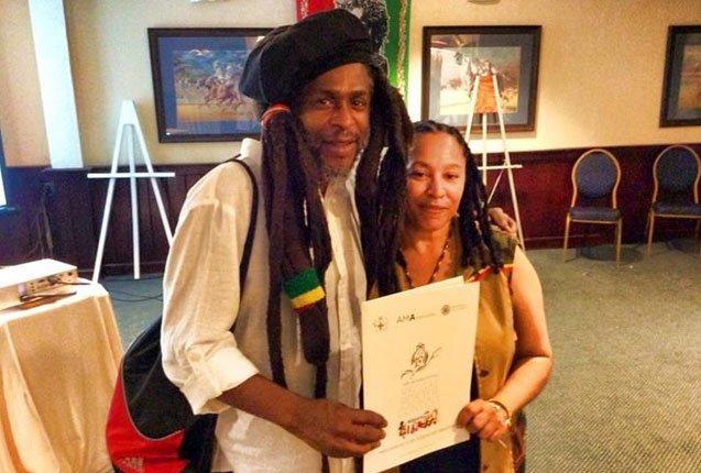 artistas y musicos en el festival del día del reggae