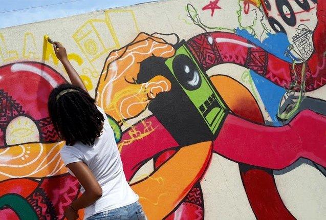 artistas celebran el dia del regage
