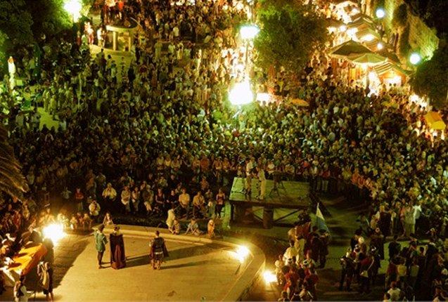 Plena celebracion del Festival Medieval
