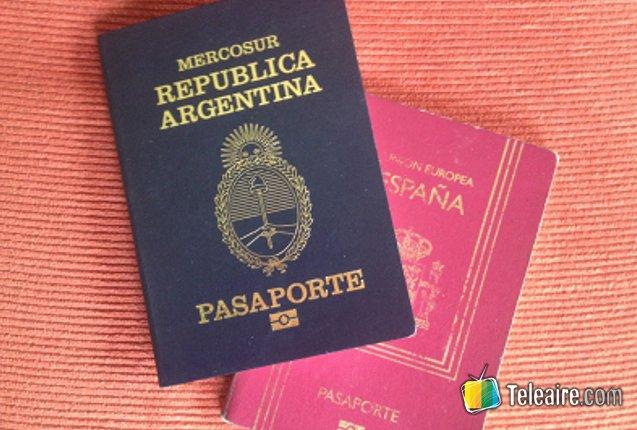 pasaportes argentino y español