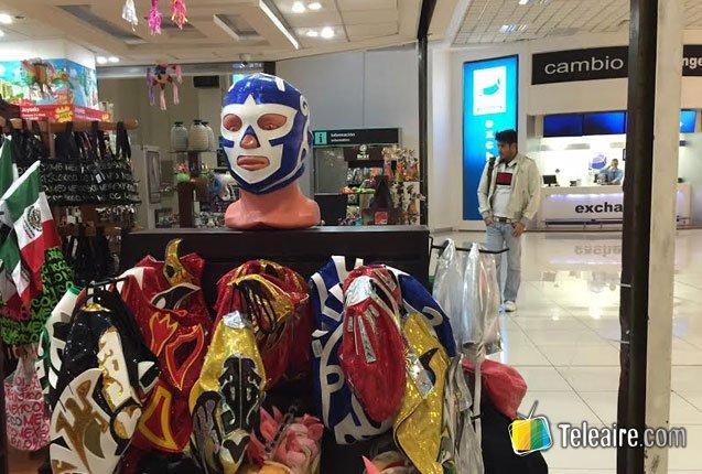 mascaras de lucha libre como souvenir
