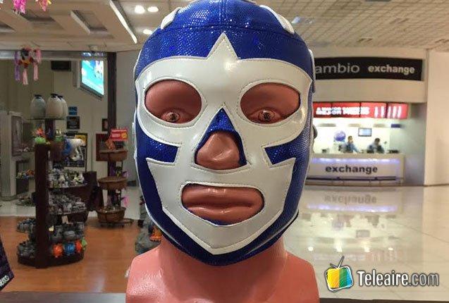 detalle de mascara de lucha libre