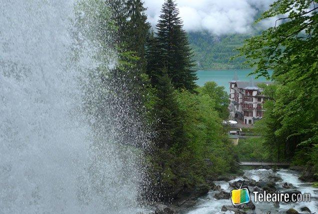 postal de los alpes suizos