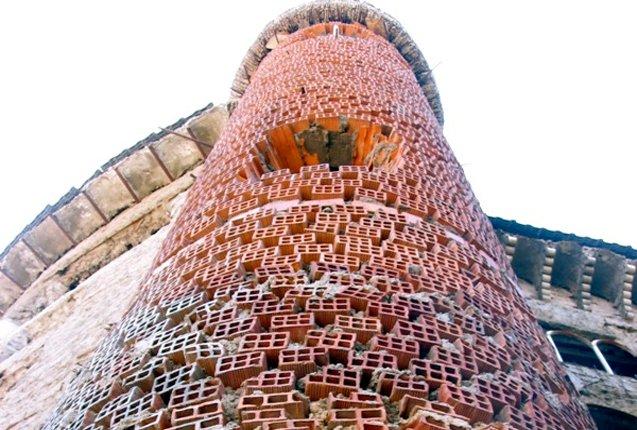 detalle de columnas en la Catedral de Justo Arcos