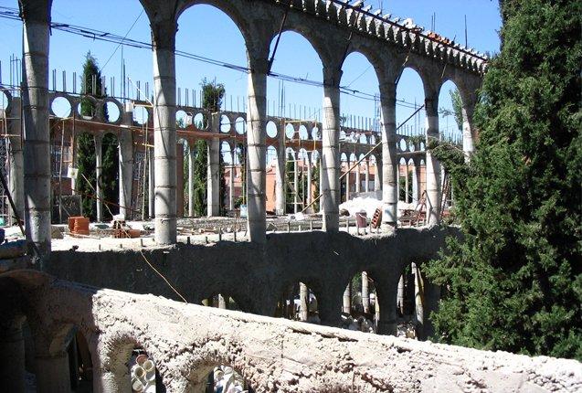 La Catedral de Justo Arcos en proceso de construcción