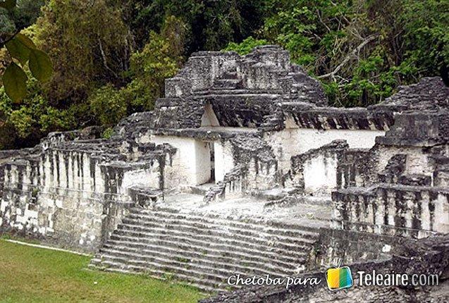 Templo-Mayas-Guatemala