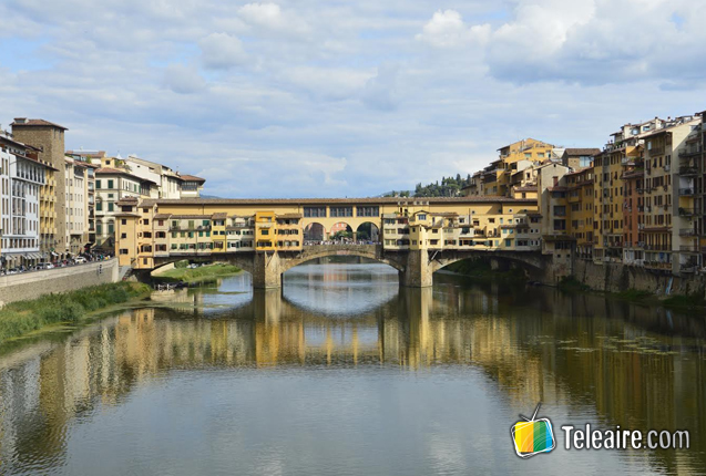 Vista del Puente Viejo en Florencia