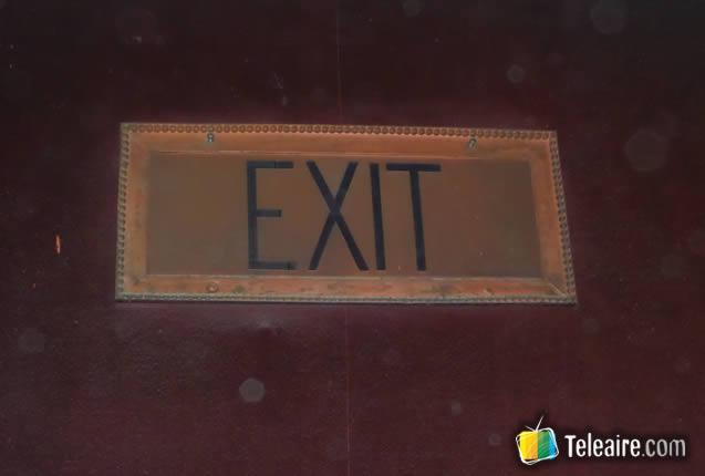 005 - Exit-Banos-Pasillos (2)