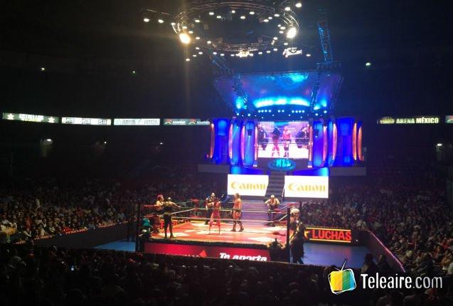 Espectáculo de lucha libre en México DF