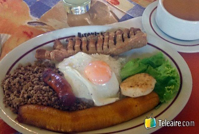 15c6c6528 Bandeja Paisa de Colombia - Teleaire Multimedia