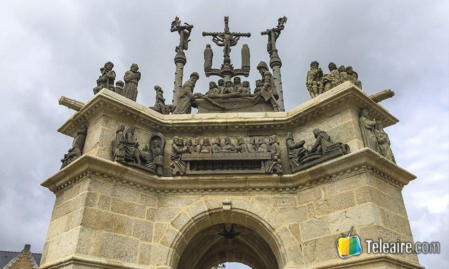 recintos-parroquiales-bretana-portico