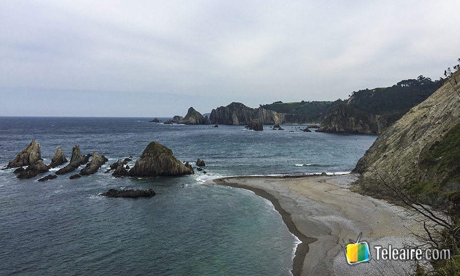 Playa-de-La-Gueirua