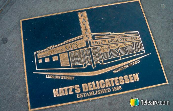 La alfombra del Katz's Deli, un símbolo de Nueva York