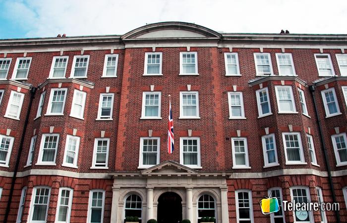 Portada de edificio en Londres, Inglaterra