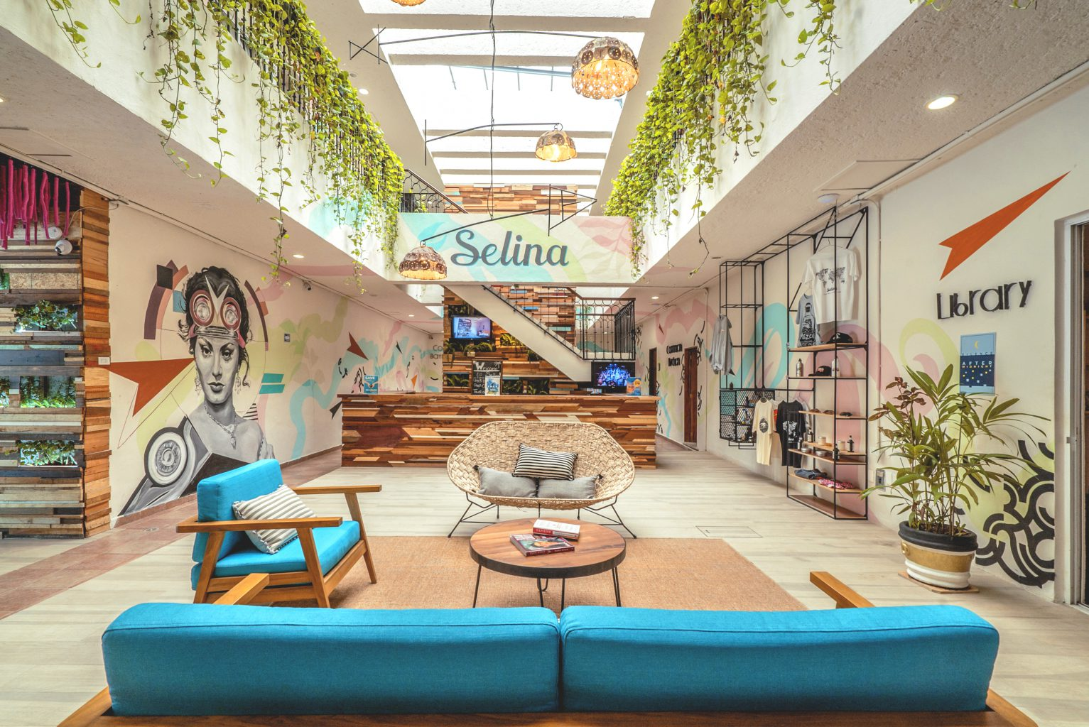 Selina-cancun-lobby