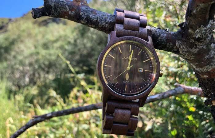 Relojes ecologicos de madera Livegens